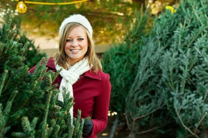 woman-in-christmas-tree-lot